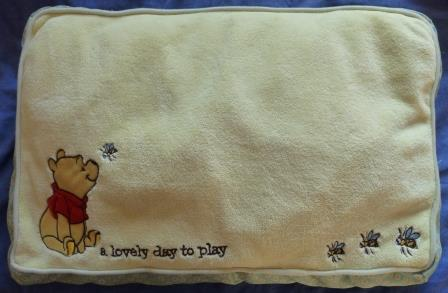Auction_03_Cat bed Winnie