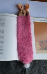 Hourly_Bookmark_Knitted_R02